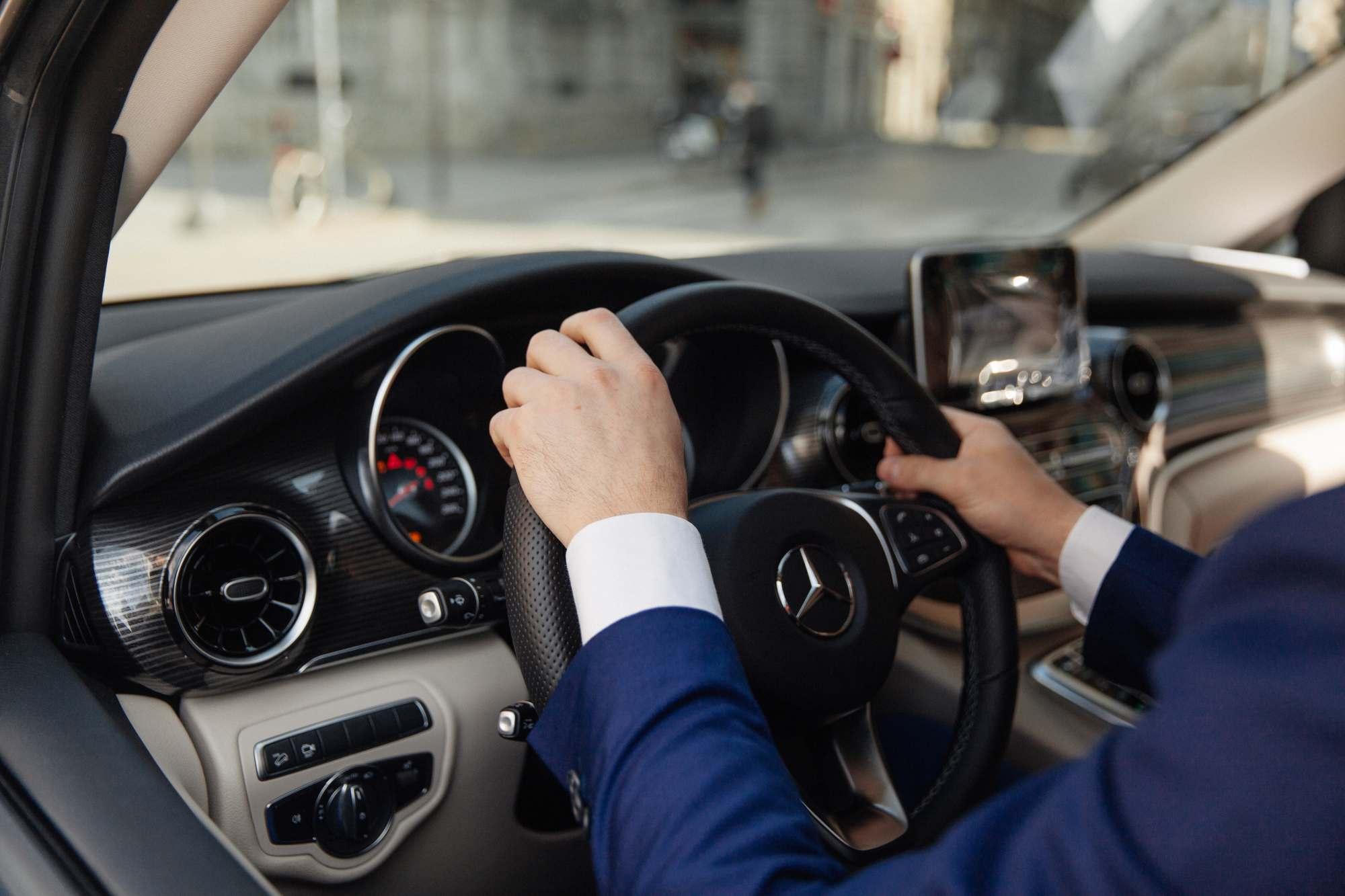 VTC EXCELLENCE location de véhicule avec ou sans chauffeur